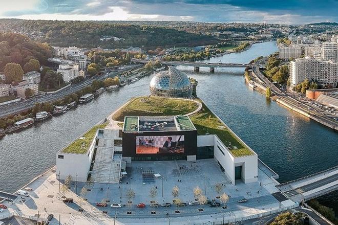 Paris: Electro News fête ses 10 ans avec une soirée aux airs de mini festival sur l'île Seguin