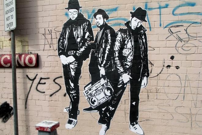 Run DMC sort une compilation de ses influences hip-hop, disco et soul