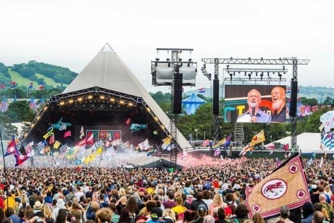 Glastonbury, le plus gros festival britannique annulé à cause du coronavirus