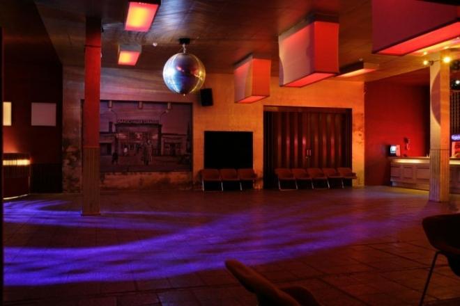 A Berlin, des clubs ouvrent leurs portes aux sans-abris