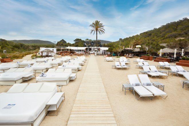 Les autorités d'Ibiza bannissent les DJs des clubs en bordure de mer