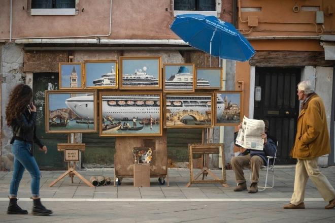Banksy s'infiltre et se fait expulser de la Biennale de Venise