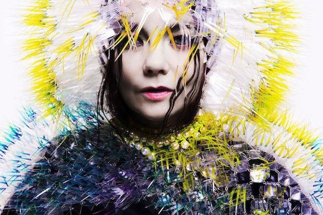 Björk à propos d'Aphex Twin : « On s'envoie des morceaux tout le temps »