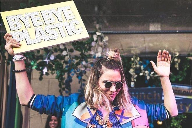 """1 500 DJs s'engagent pour une scène électronique """"zéro plastique"""""""