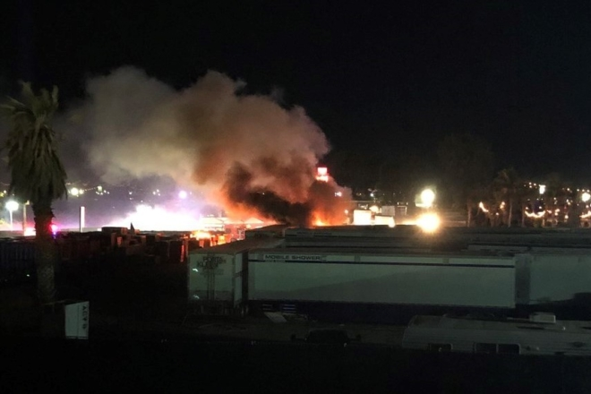 Un incendie se déclare dans les douches du camping de Coachella