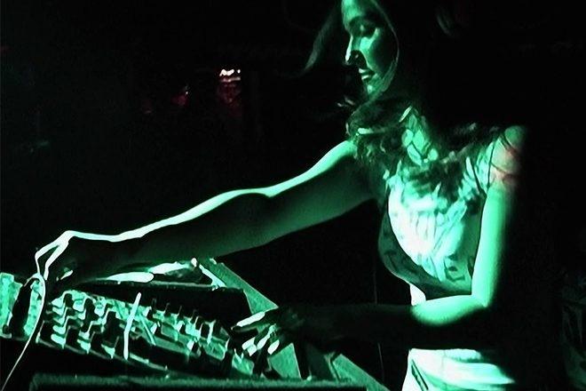 15 ans après le tournage, 'Girl', le docu sur l'histoire des femmes DJs a enfin une date de sortie