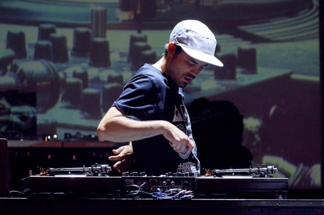Vidéo : Le français DJ Skillz sacré champion aux DMC World 2018