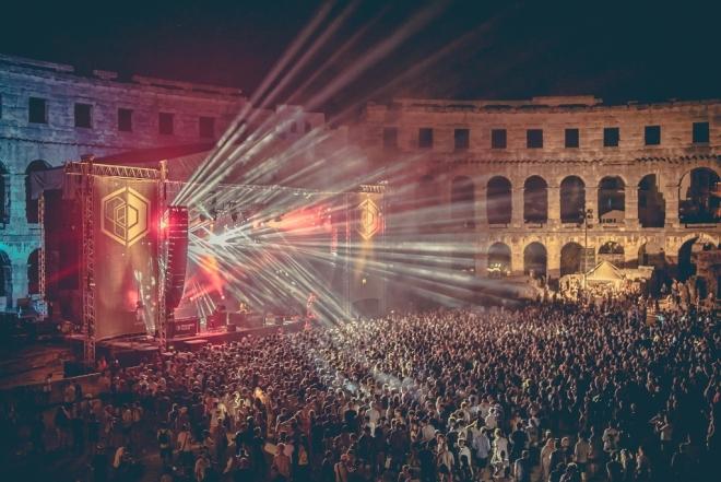 Kraftwerk et Moodymann en live à l'opening du Dimensions festival