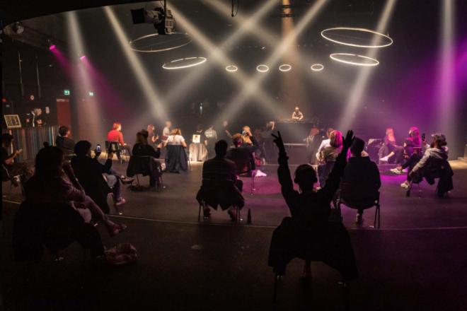 Voici à quoi ressemble une soirée techno en club dans le respect des règles de distanciation