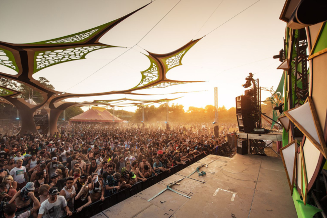 Un circuit auto du Var va devenir un dancefloor techno, hardcore et trance XXL