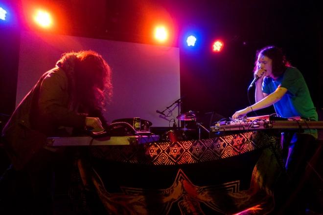 Entre techno et indus, le nouvel EP de Giant Swan est marqué par le confinement