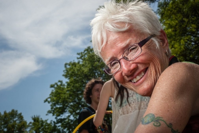 'Grandma Techno', une fan de 76 ans publie son recueil de photos du festival Movement Detroit