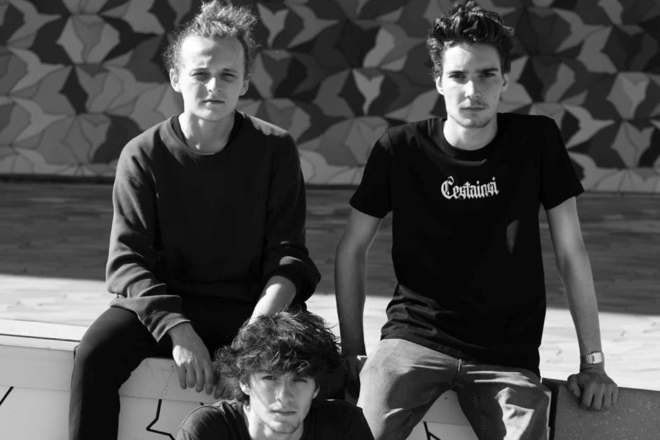 Maison Close fait honneur à la nouvelle scène techno parisienne avec la série d'EPs Versus