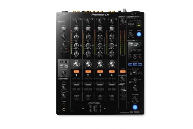 Pioneer sort une nouvelle version de la DJM-750