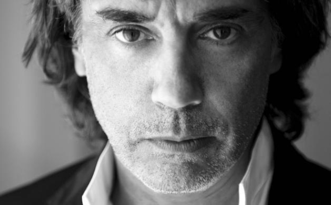 Jean-Michel Jarre s'adresse au Parlement européen pour amender les droits d'auteurs
