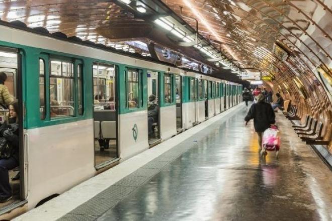 Les métro et tramway parisiens bientôt ouverts toute la nuit