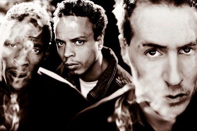 Massive Attack réédite le mythique LP 'Mezzanine' pour son 20e anniversaire