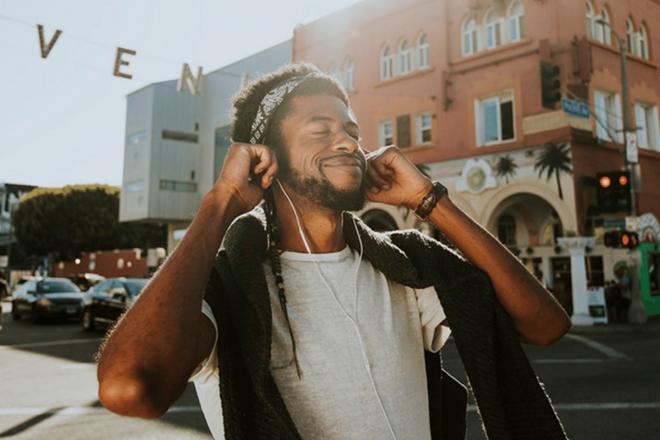 Les « millennials » connaîtraient mieux la musique du XXe siècle que les productions contemporaines