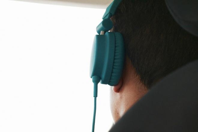 Les Nations Unies urgent les fabricants de limiter le volume des appareils audio