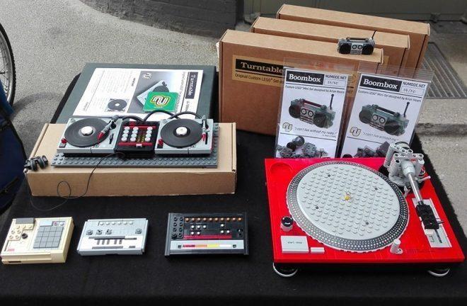 Construisez vos répliques des TR-808, 303 et des platines avec ces kits LEGO