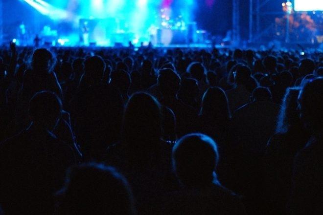 2 femmes sur 3 préoccupées par le harcèlement sexuel en festival