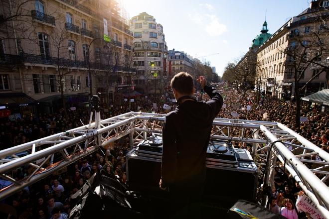 La grande rave pour le climat revient dans les rues de Paris ce weekend