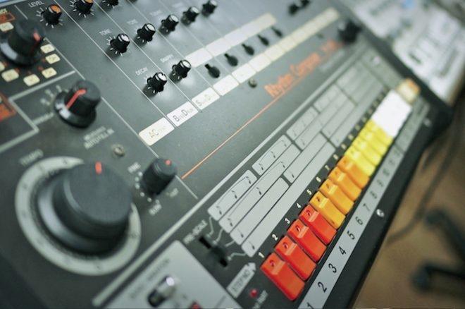 Roland sort les versions logicielles de la TR-808 et TR-909