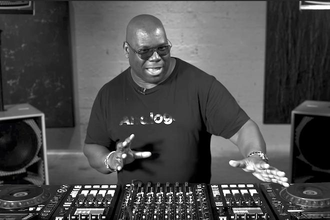 Carl Cox dévoile sa configuration DJ et décrit les atouts du MODEL 1