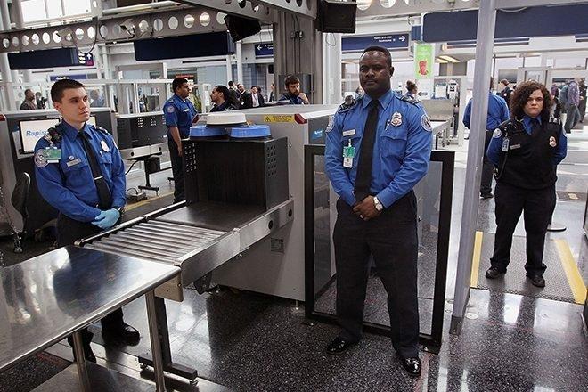 USA: Mécontents, les agents de sécurité passent du rap explicite à l'aéroport de New York