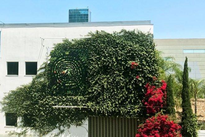 Un nouveau logo d'Aphex Twin repéré à Hollywood