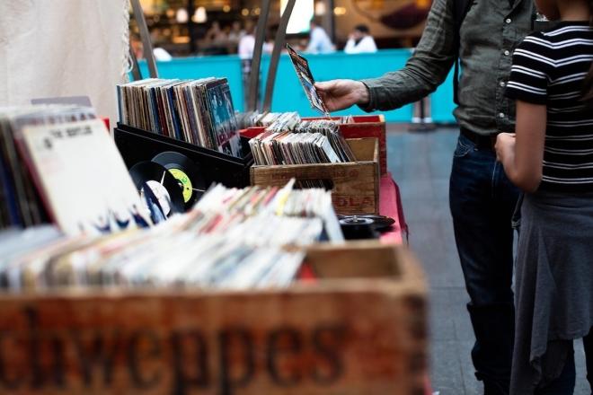 Paris Loves Vinyl : le marché aux 100 000 disques fait son retour