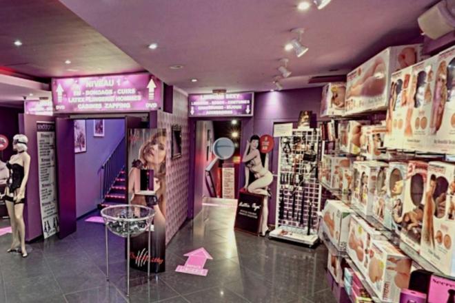Le plus grand sex shop de Pigalle va accueillir un DJ set enflammé