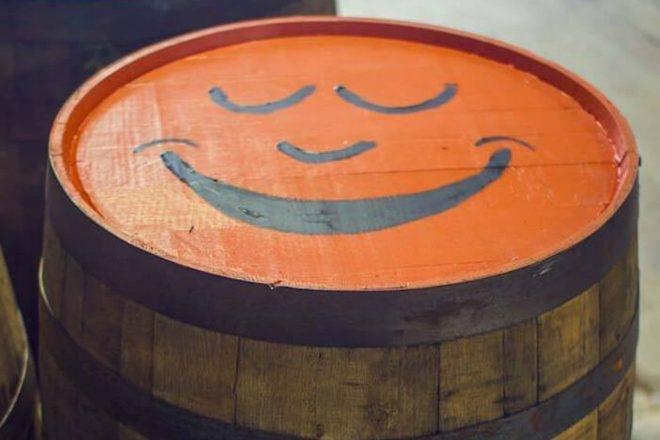 """Des distilleries ont recours à la musique pour affiner l'alcool par """"vieillissement sonique"""""""