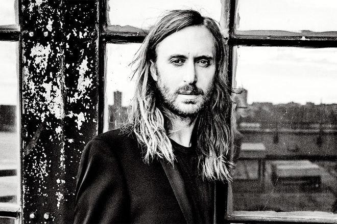 L'avocat de David Guetta lui a conseillé d'assurer ses doigts