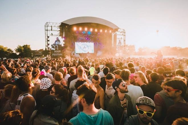 Playlist: le programmateur de Dour réunit les sons de festivals du monde entier sur Spotify