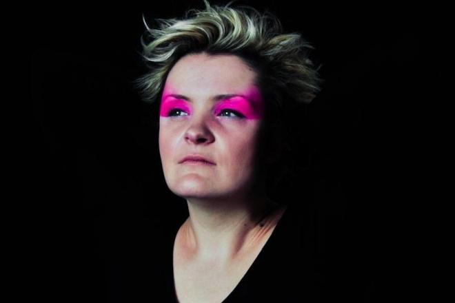 L'étoile française Flore sort 'Ritual Part 3', tribulations hybrides entre techno, bass et IDM
