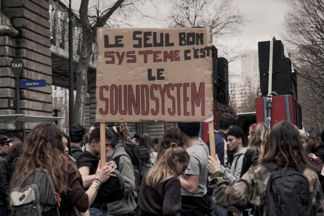 Paris : La « journée de la teuf » mise à mal par la police