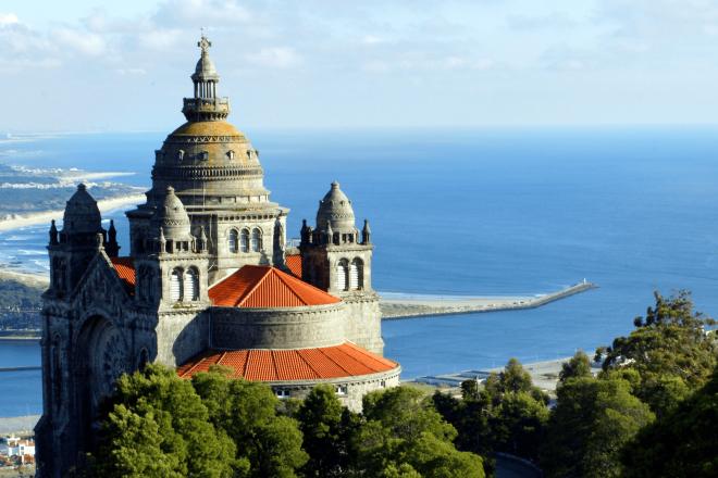 Portugal: Neopop, raz-de-marée techno au port de Viana Do Castelo