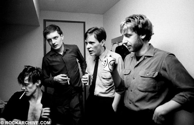 24 Hour Party People, le film sur le label de Joy Division et New Order, est disponible gratuitement sur ARTE