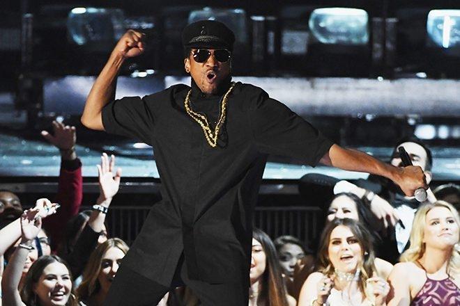 Q-Tip dit « allez tous vous faire foutre »  aux Grammy Awards qui ont snobé l'album d'ATCQ