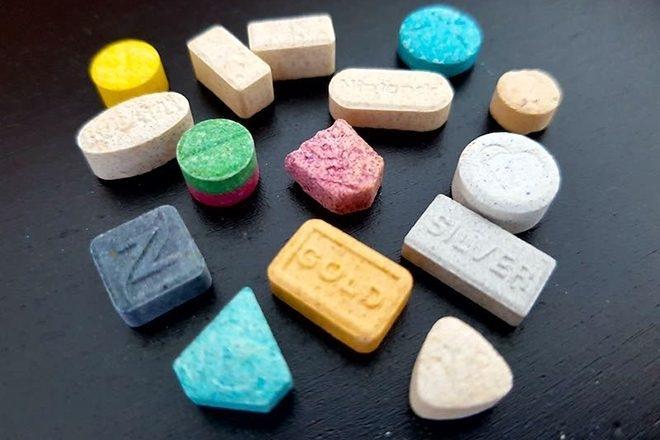 Ces scientifiques préconisent la MDMA pour traiter la dépression post-confinement