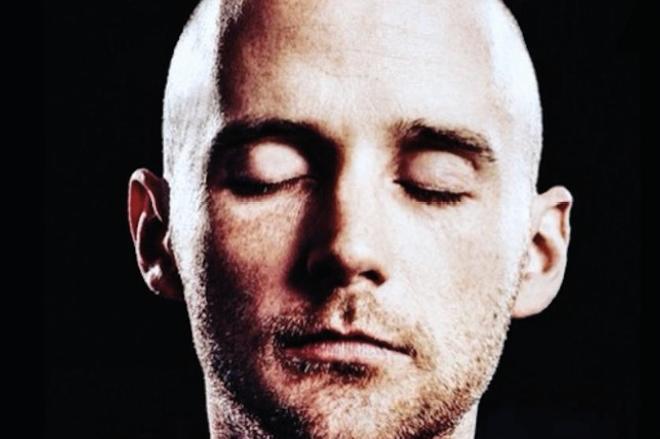 Moby sort un album gratuit via un communiqué pastiche de la Maison Blanche