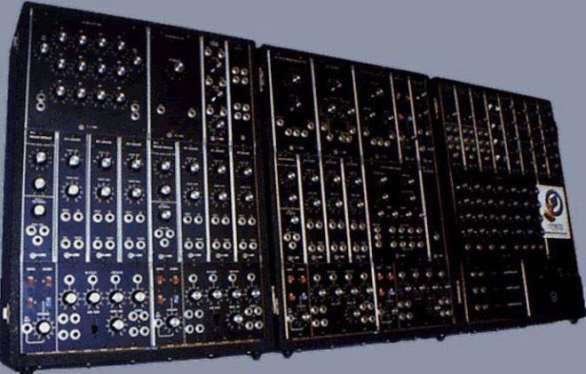 Moog sort une série ultra limitée de son légendaire synthé modulaire IIIP à 35 000 $ pièce