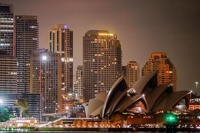 """Les effets pervers du couvre-feu à Sydney : montée des violences hors des zones """"protégées"""""""