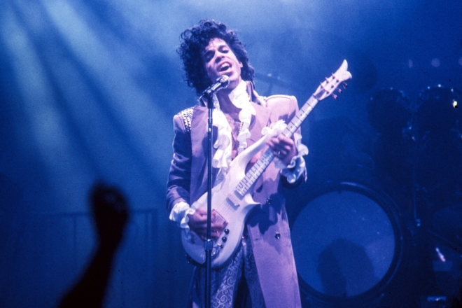 Les mémoires inachevées de Prince vont enfin sortir