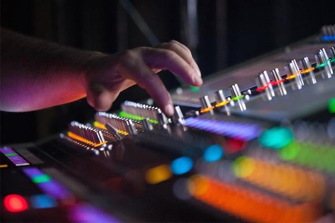 Electronic Music Factory : une plateforme pour soutenir la professionnalisation de la scène française