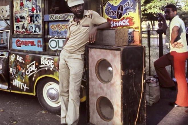 'Nice Up The Dance!' : le docu qui célèbre l'histoire de la culture soundsystem britannique