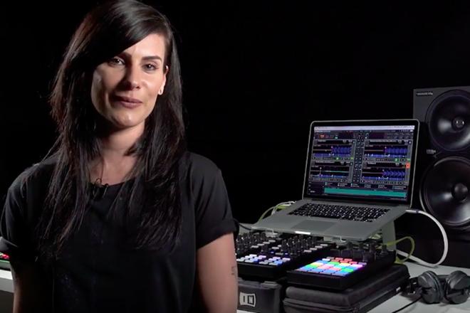 Vidéo : Rebekah présente le matériel qui rend ses sets hybrides si dynamiques