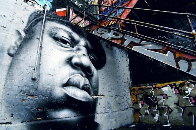 "Russel Simmons annonce la sortie du documentaire ""The Definitive History Of Hip Hop"""