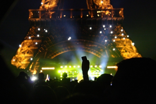 Laurent Garnier, Jean-Michel Jarre et Jeff Mills s'opposent au décret de limitation du niveau sonore